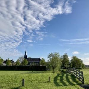 Kerk in de lente